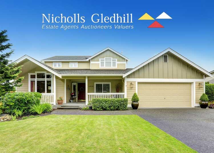 Nicholls Gledhill - Marie McMaster